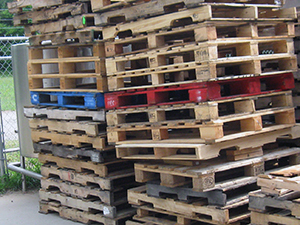 pallets 300pxW
